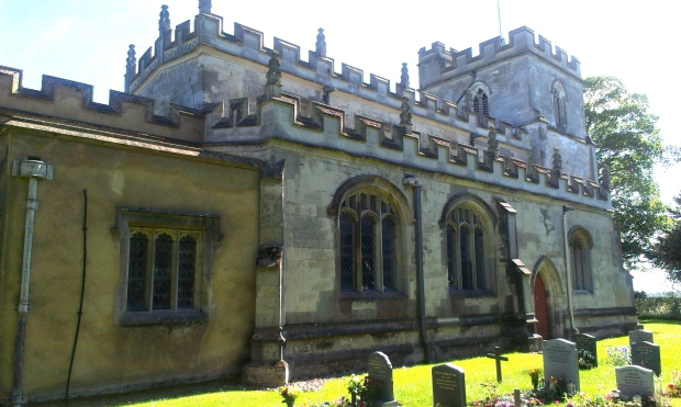 St Giles is beautiful from each side - and with one of the prettiest graveyards I've seen